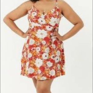 Forever 21 Floral Dress.  NWT. Size 0X / 2X .